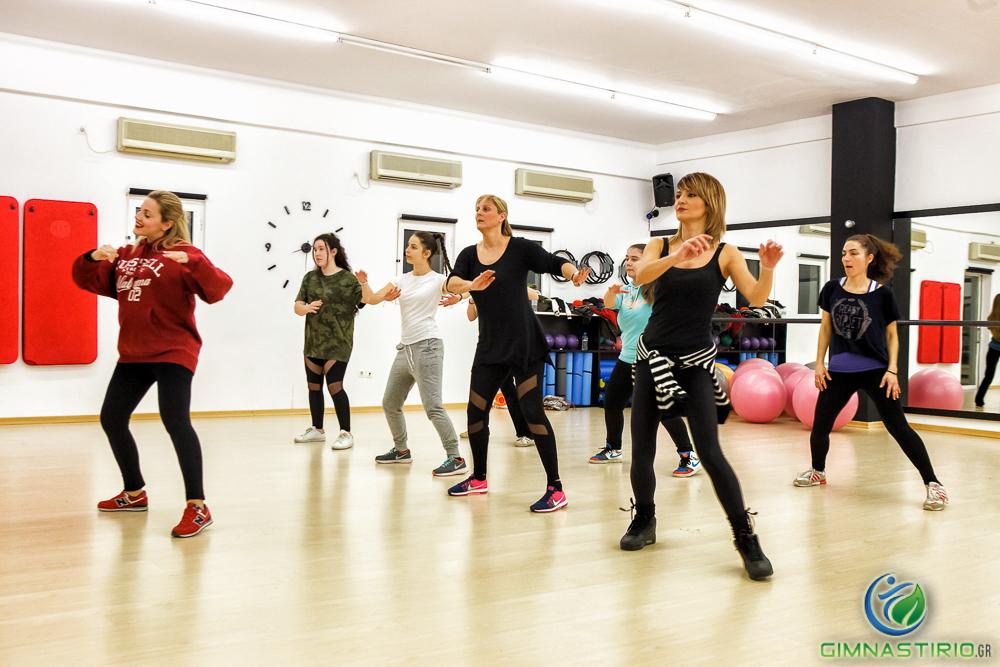 15€ για οκτώ (8) μαθήματα χορού Latin & Salsa στον πολυτελή χώρο του The Venue, στον Αγ.Δημήτριο!! Aρχικής Αξίας 35€ - Έκπτωση 57%