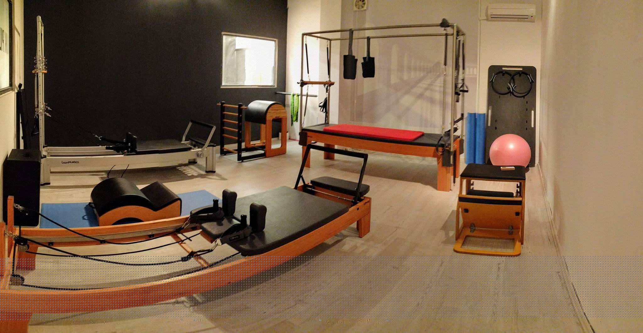 25€ για τέσσερα (4) μαθήματα στο MK Pilates Studio σε μικρό Group έως 5 άτομα με τη χρήση όλων των μηχανημάτων Studio (Reformers, Cadillac, Chair, Barrel, Spine Corrector).  Στον πολυτελή χώρο του The Venue, στον Αγ.Δημήτριο!! Aρχικής Αξίας 60€ - Έκπτωση 58%