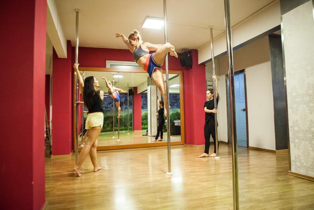 25€ για έναν (1) μήνα μαθήματα Pole Dancing στο Dance Art στη Δάφνη. Θα πραγματοποιείται ένα (1) μάθημα την εβδομάδα!! Αρχικής αξίας 50€ - Έκπτωση 50%