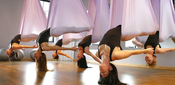 Μαθήματα Aerial Yoga στο The Concept Terminal Gym.