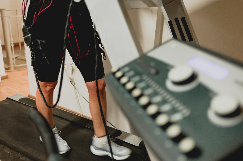 35€ για (1) έναν μήνα συνδρομή στα όργανα και οκτώ (8) προπονήσεις Functional και TRX στο Train Track Gym στην Κηφισιά + ΔΩΡΟ μία συνεδρία EMS!! Αρχικής αξίας 70€ - Έκπτωση 50%
